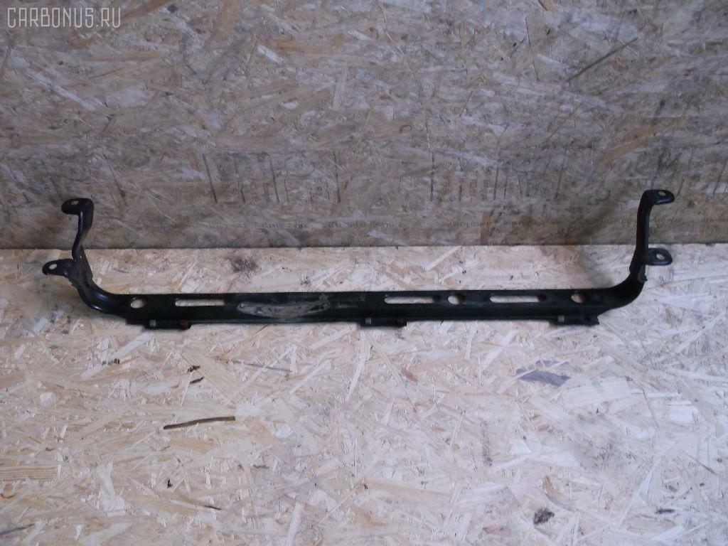 Крепление радиатора FORD FOCUS C-MAX WF0AOD Фото 1