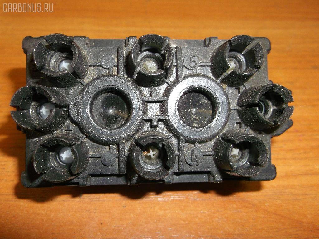 Клапан-вакуумник Mercedes-benz E-class W210.072 119.985 Фото 1