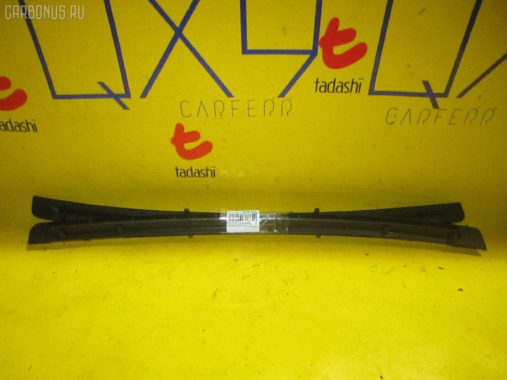 Решетка в панель приборов BMW 3-SERIES E36-CB25 Фото 1