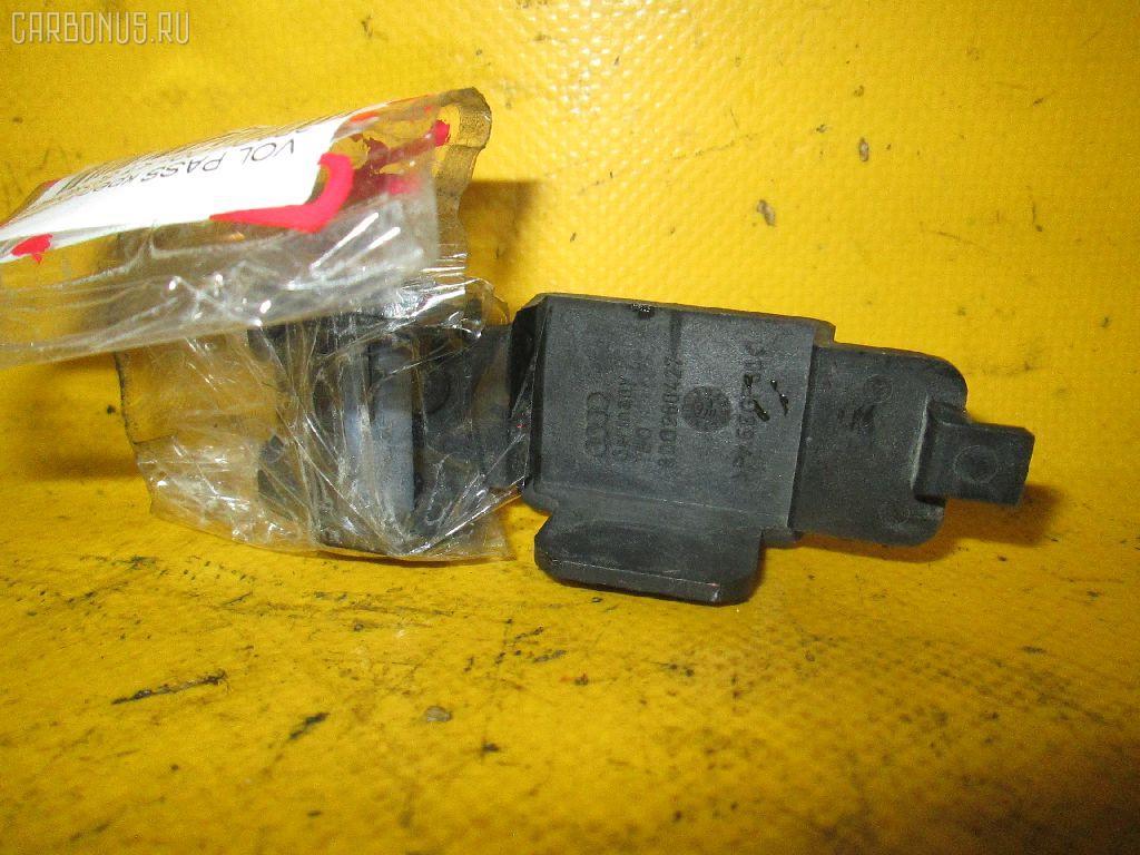 Крепление радиатора Volkswagen Passat variant 3BAPU Фото 1