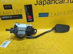 Педаль подачи топлива на Volvo V70 I LW B5254S DENSO 30666653