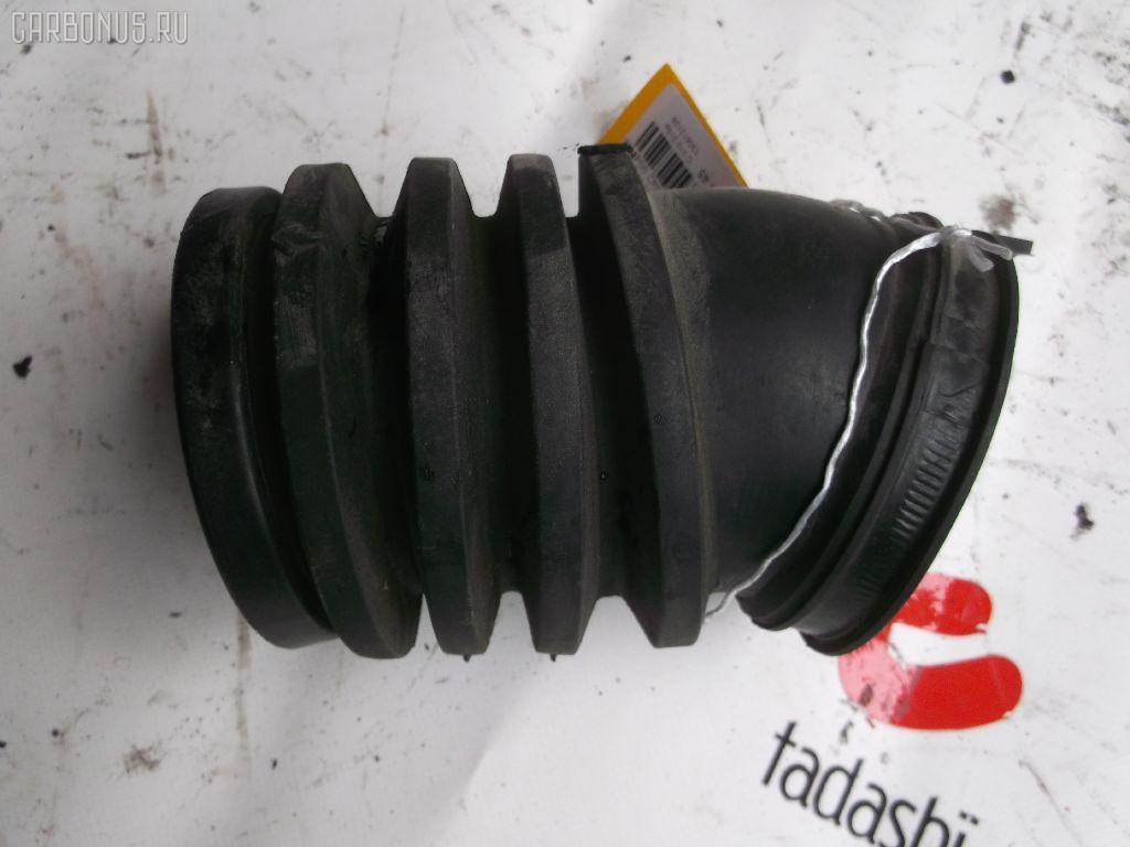 Патрубок воздушн.фильтра MERCEDES-BENZ M-CLASS W163.154 112.942. Фото 2
