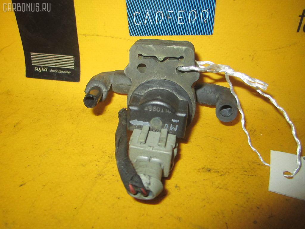 Клапан вентиляции топливного бака MERCEDES-BENZ C-CLASS SPORTS COUPE CL203.745 111.955 Фото 1