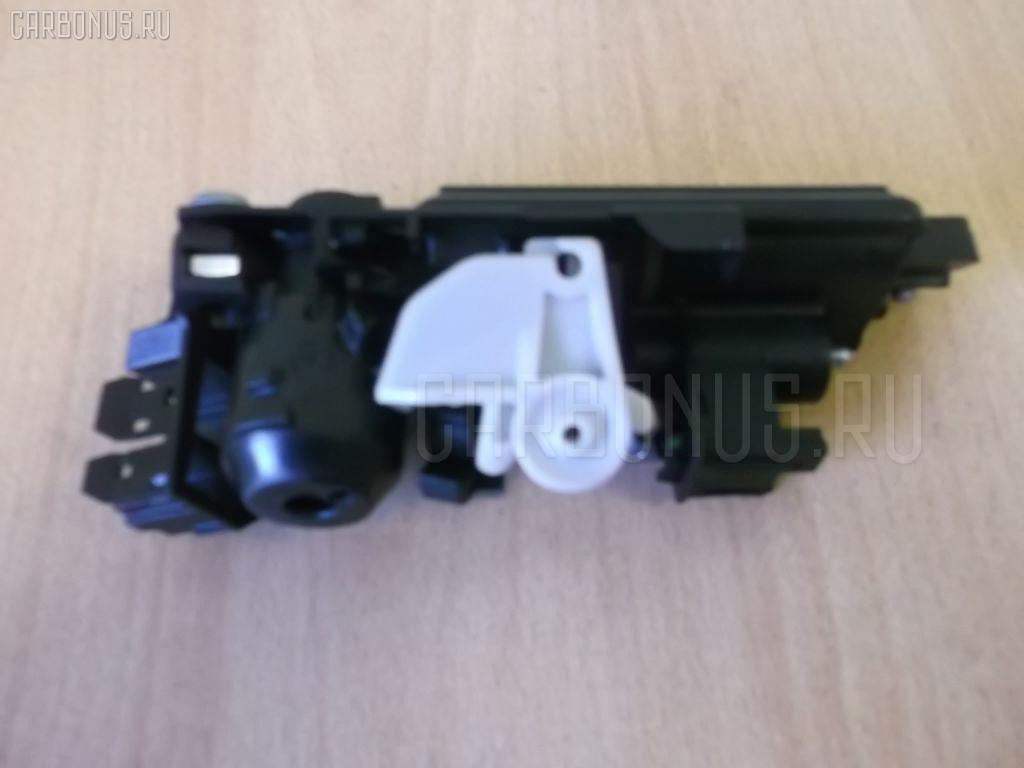 Ручка двери MERCEDES-BENZ E-CLASS W211.056 Фото 2
