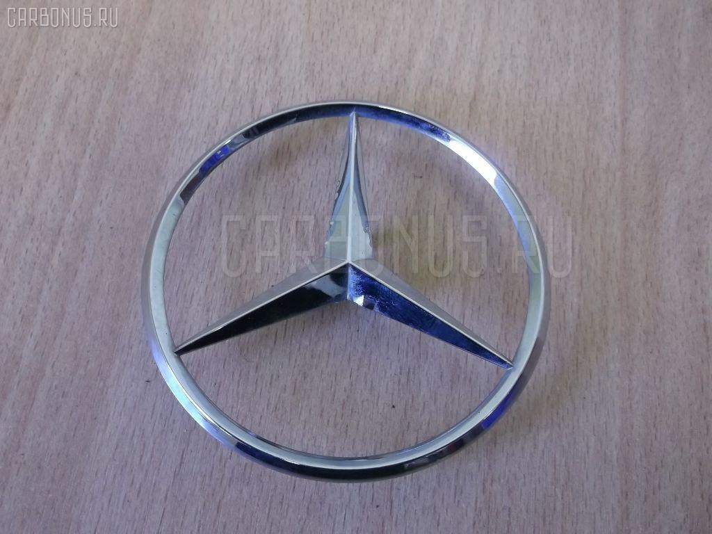 Эмблема R MERCEDES-BENZ E-CLASS W211.056 2006.10 A2117580058 2WD 4D Фото 2
