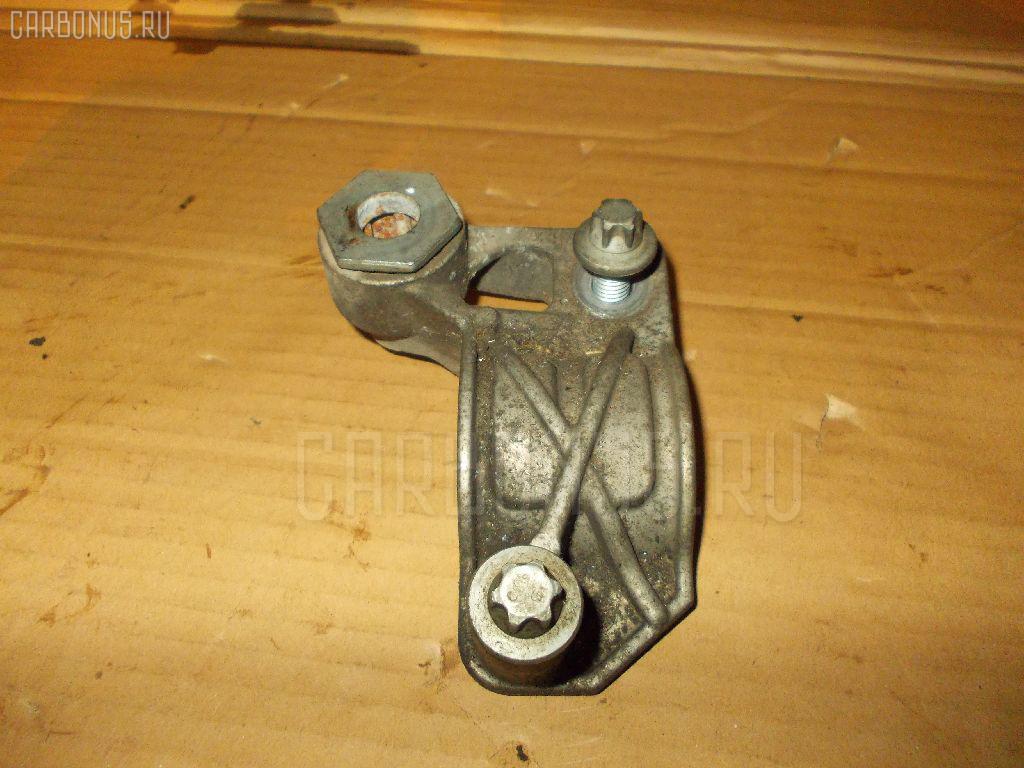 Крепление стабилизатора MERCEDES-BENZ E-CLASS W211.056 Фото 2