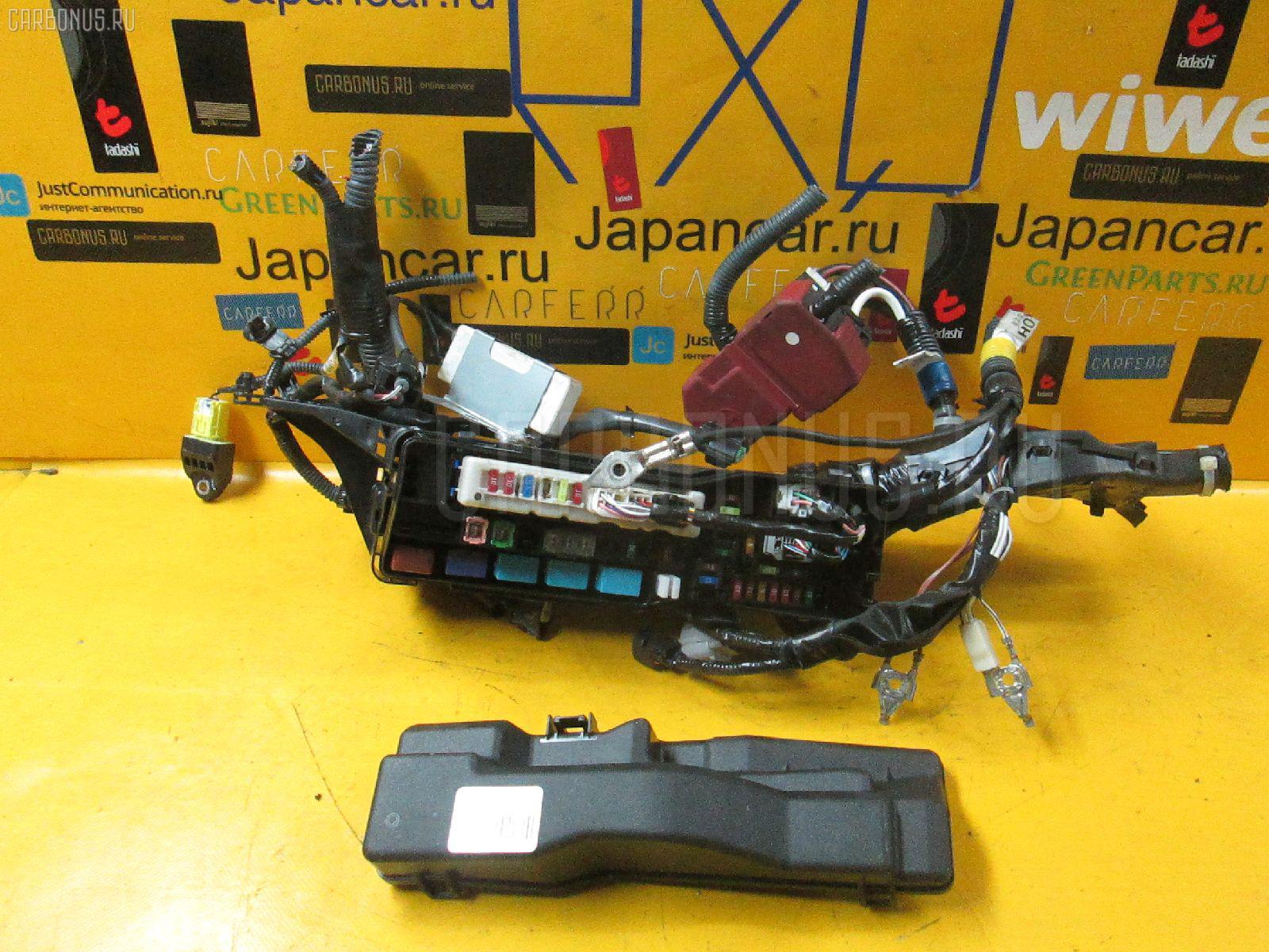 Блок предохранителей TOYOTA IQ KGJ10 1KR-FE Фото 1