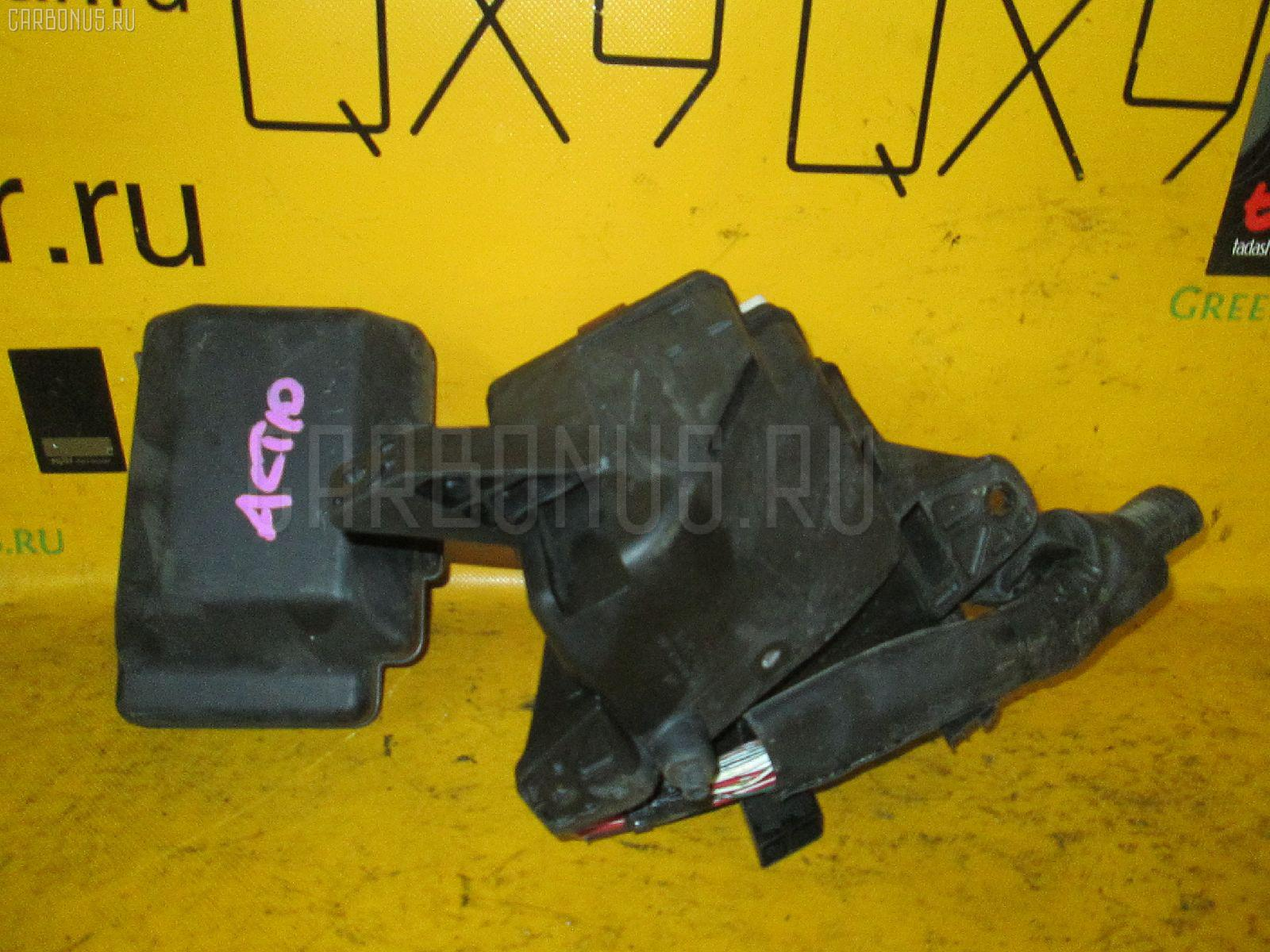 Блок предохранителей TOYOTA OPA ACT10 1AZ-FSE. Фото 4
