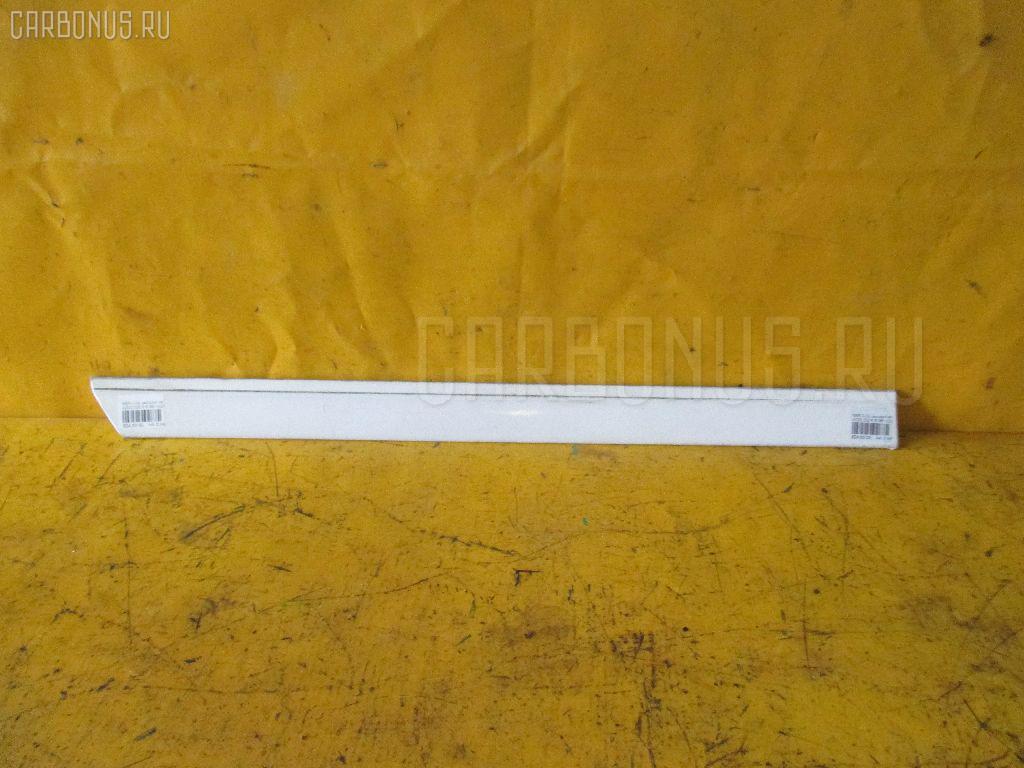 Молдинг на дверь MERCEDES-BENZ C-CLASS W202.028 Фото 1
