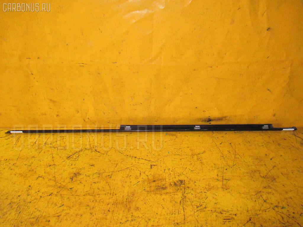 Молдинг на дверь MERCEDES-BENZ E-CLASS W210.072 Фото 1