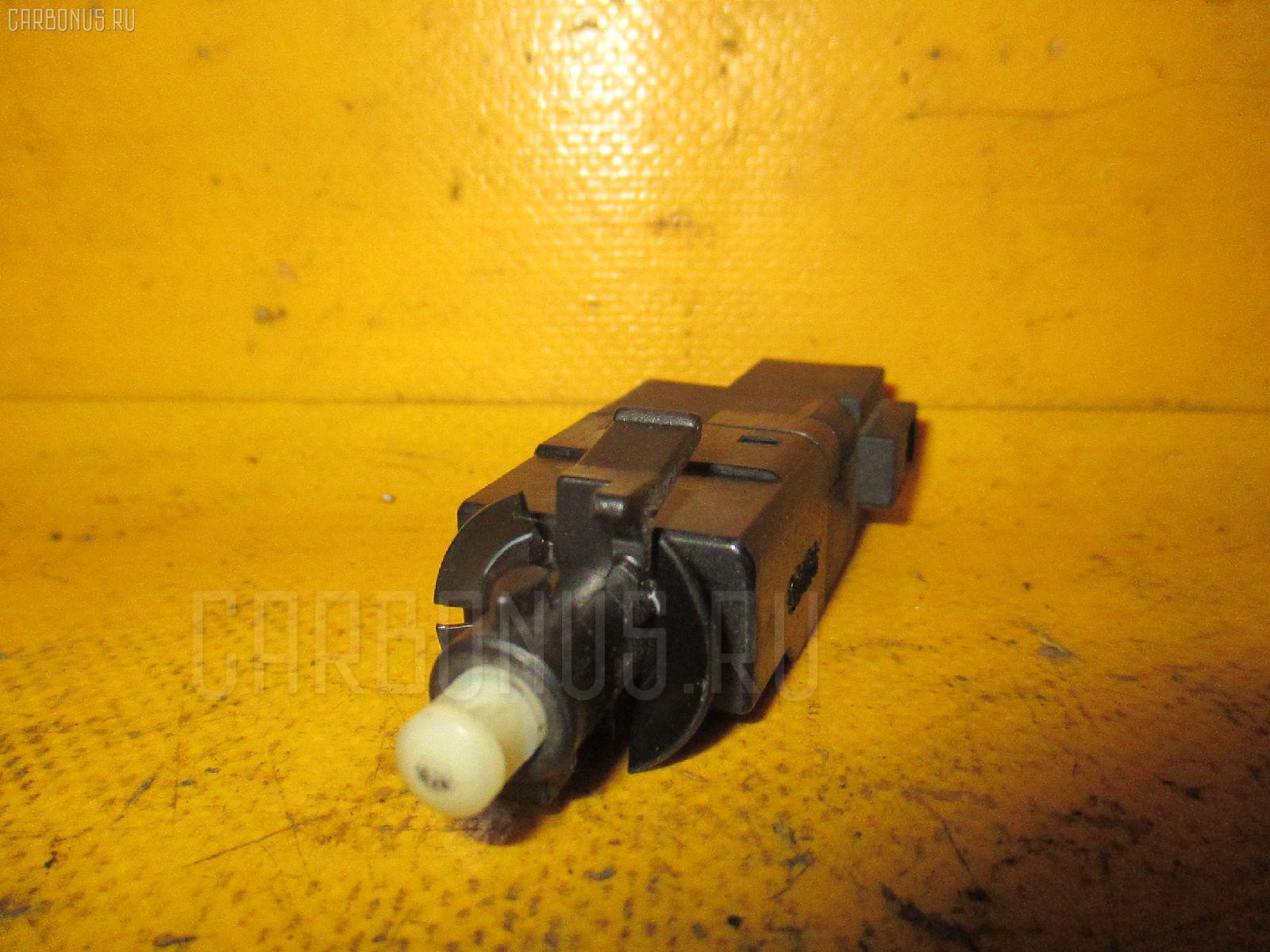Датчик включения стоп-сигнала MERCEDES-BENZ M-CLASS W163.154 Фото 1