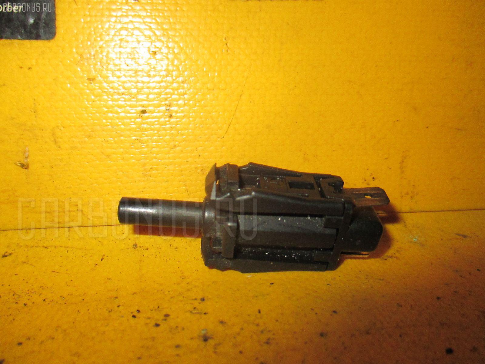 Выключатель концевой MERCEDES-BENZ COUPE C124.050 Фото 1