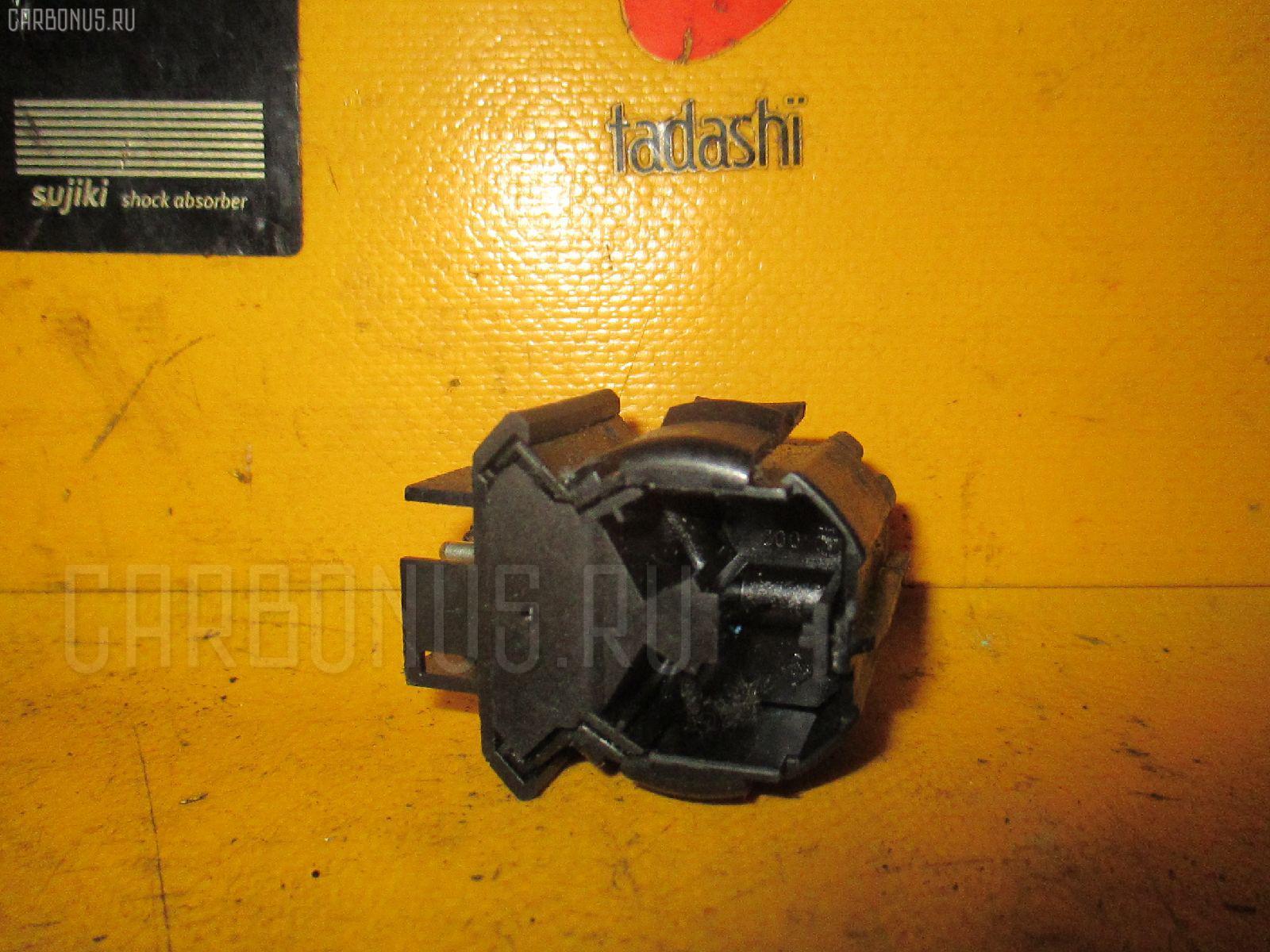 Выключатель концевой MERCEDES-BENZ COUPE C124.050 Фото 2