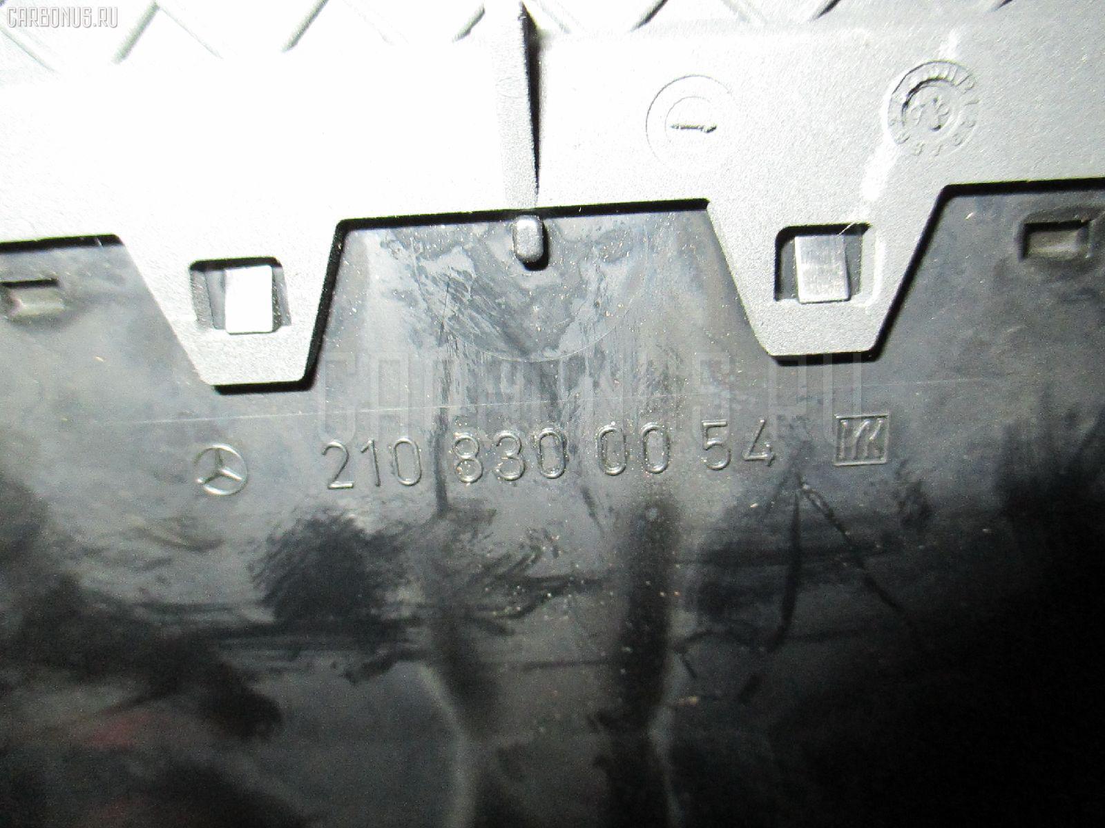 Дефлектор MERCEDES-BENZ E-CLASS STATION WAGON S210.265 Фото 2