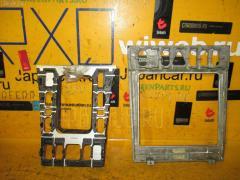 Консоль магнитофона MERCEDES-BENZ E-CLASS W210.070 Фото 3