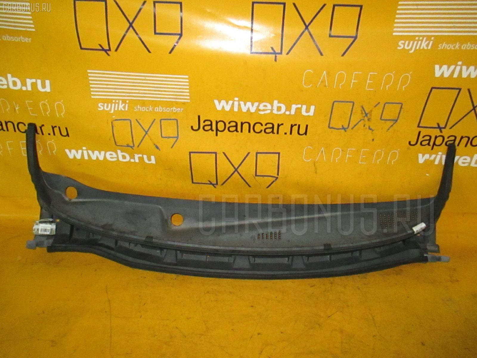 Решетка под лобовое стекло NISSAN NOTE E11. Фото 1