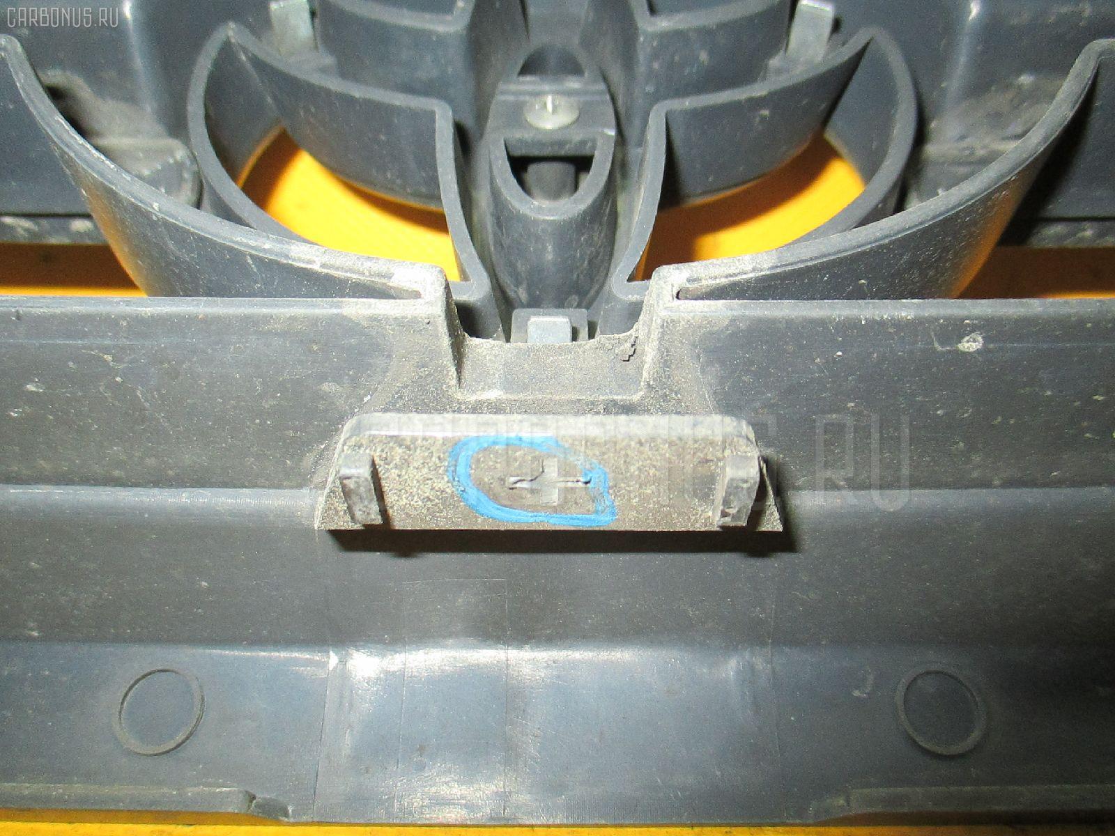 Решетка радиатора TOYOTA TOWN ACE NOAH KR42V. Фото 4