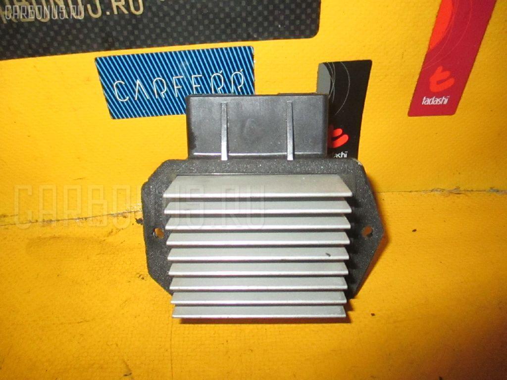 Регулятор скорости мотора отопителя TOYOTA ALLION ZZT240 1ZZ-FE Фото 2