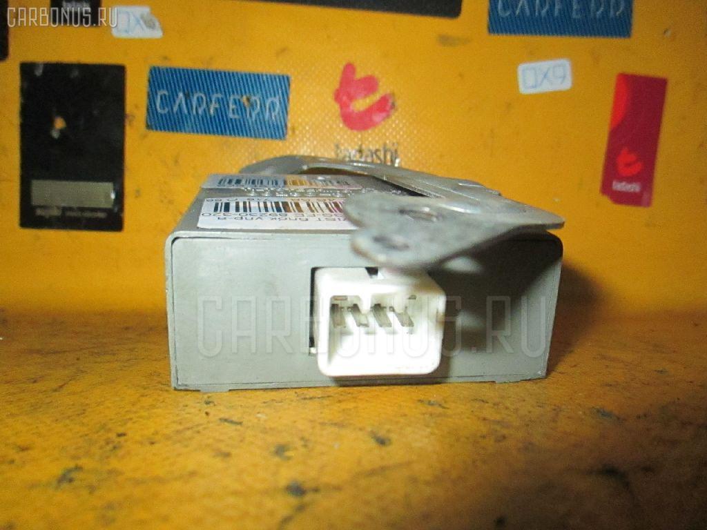 Блок упр-я TOYOTA VISTA SV32 3S-FE Фото 1