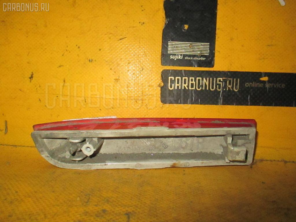 Катафот заднего бампера TOYOTA IPSUM ACM21 Фото 2