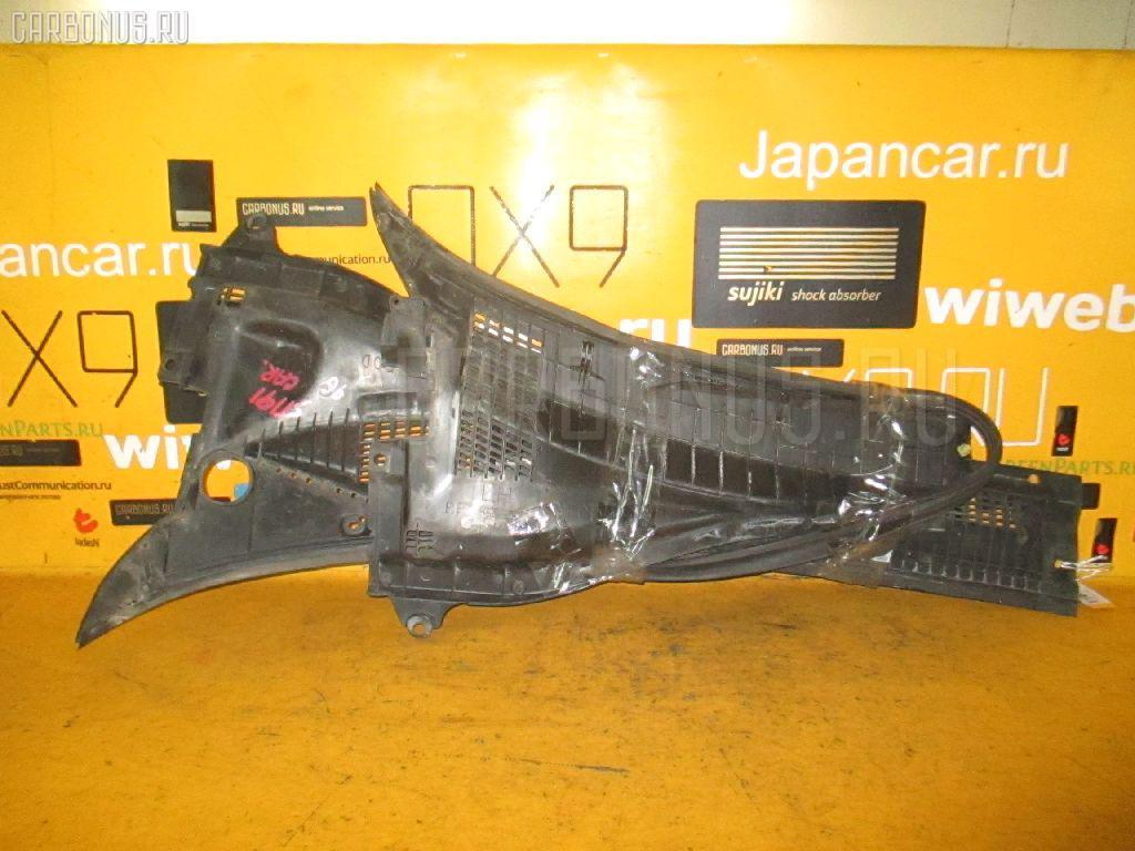 Решетка под лобовое стекло Toyota Carina AT191 Фото 1