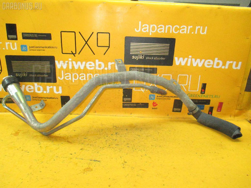 Заливная горловина топливного бака TOYOTA NADIA SXN10 3S-FE Фото 1