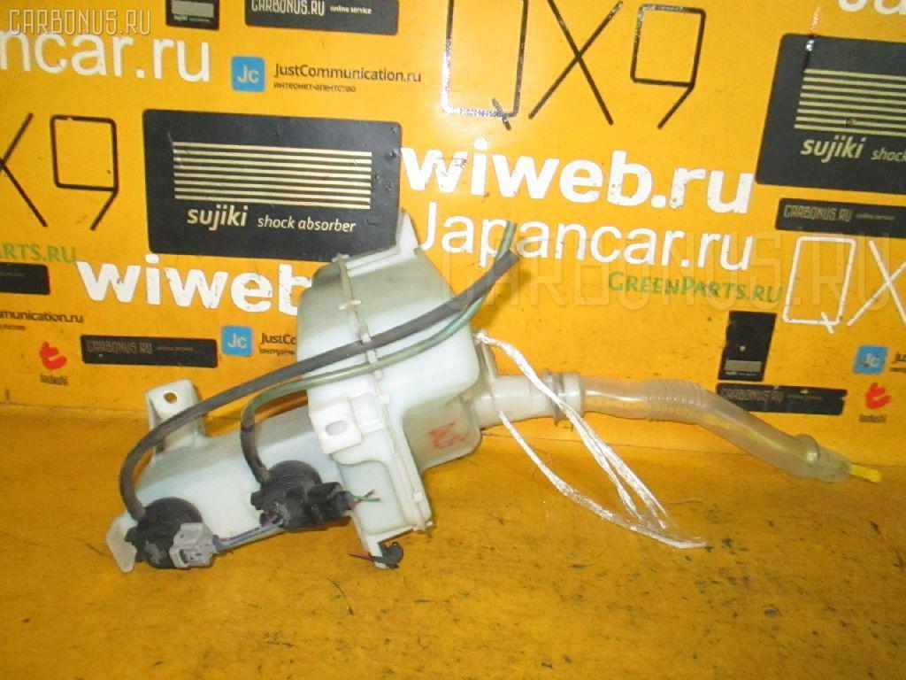 Бачок омывателя TOYOTA BB QNC25 Фото 2