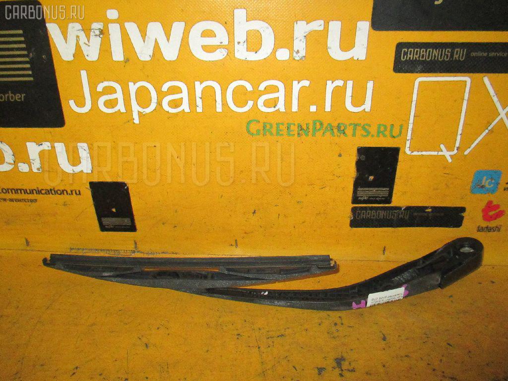 Держатель дворника SUZUKI SWIFT HT81S Фото 1