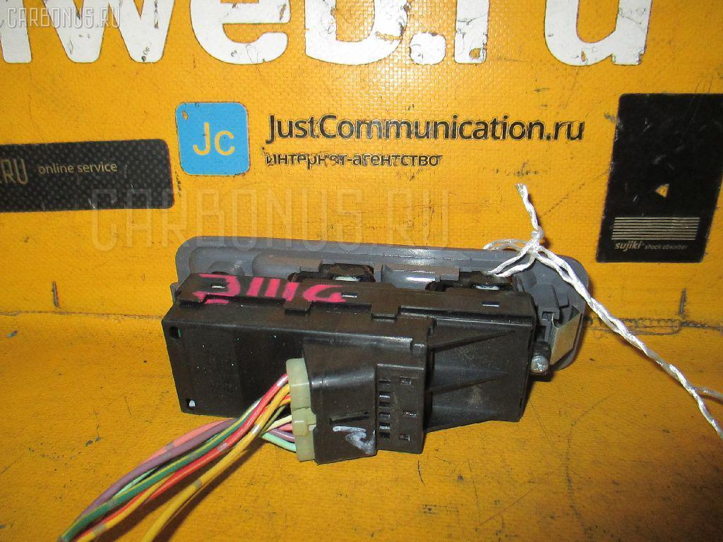 Блок упр-я стеклоподъемниками DAIHATSU TERIOS KID J111G. Фото 11