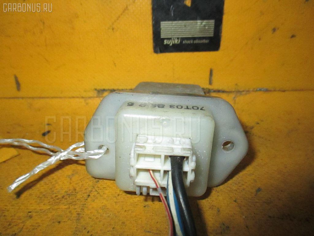 Регулятор скорости мотора отопителя NISSAN PRIMERA QP11 QG18DE. Фото 6