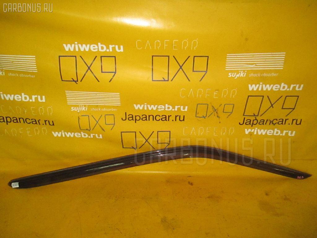 Ветровик SUBARU LEGACY WAGON BG9. Фото 1