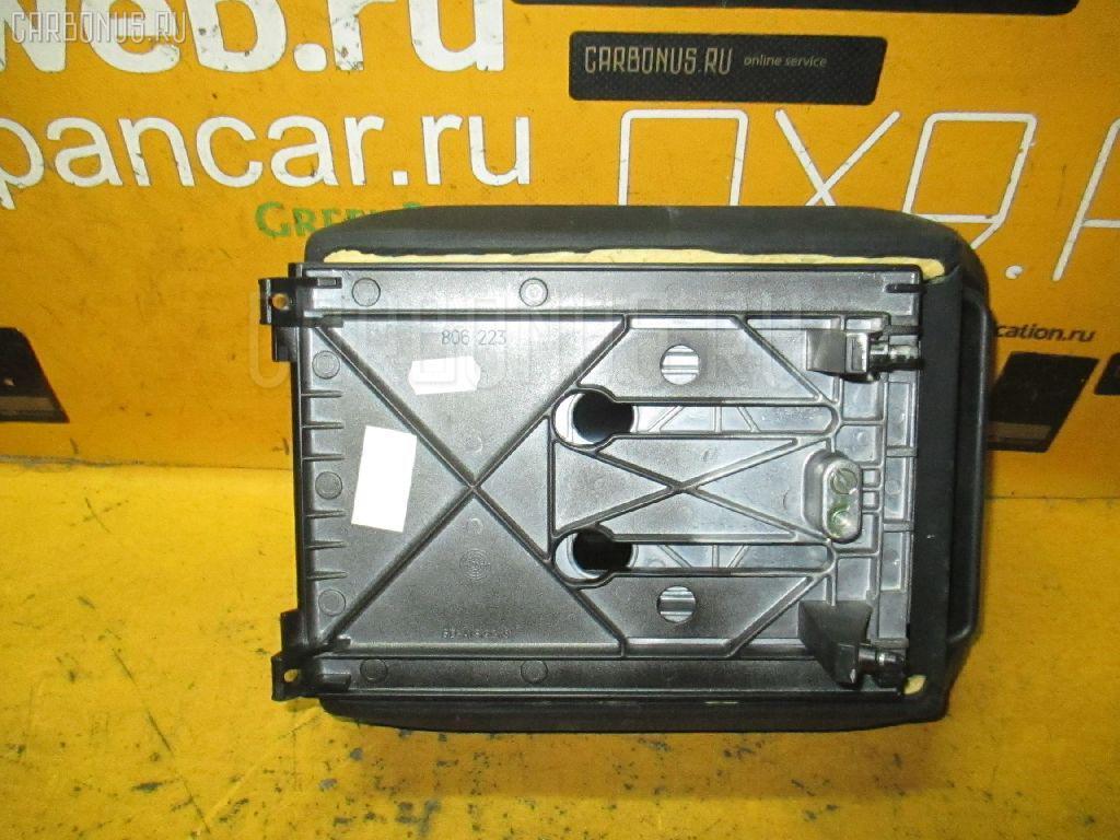 Подлокотник BMW 5-SERIES E39-DD62. Фото 4
