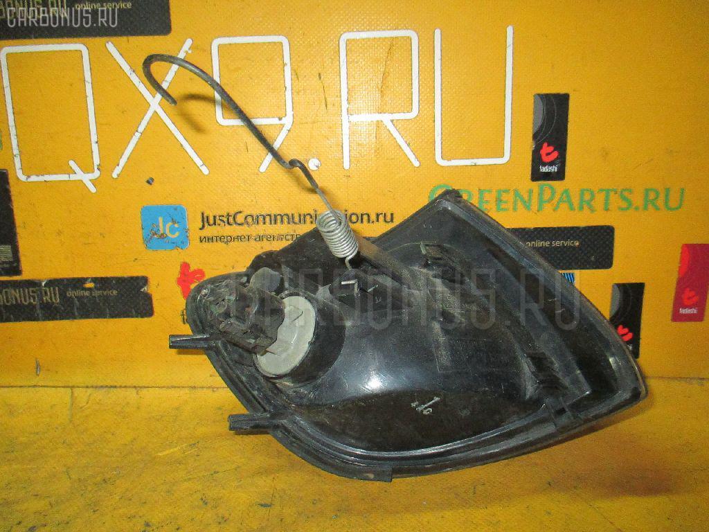 Поворотник к фаре Mitsubishi Delica space gear PD6W Фото 1