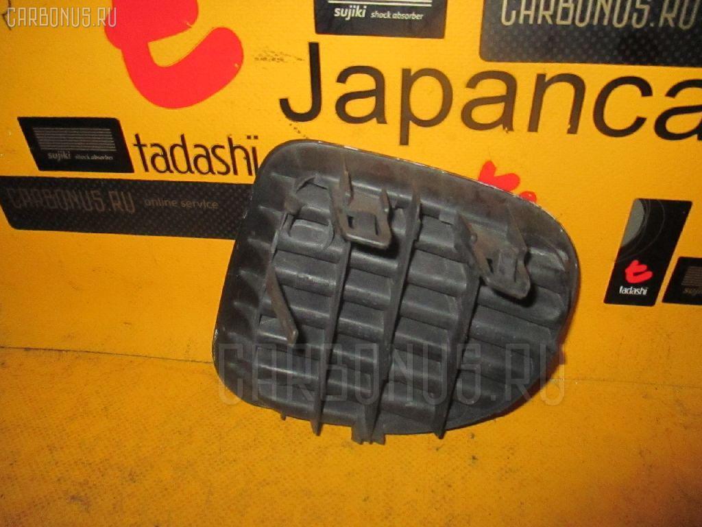 Заглушка в бампер TOYOTA FUNCARGO NCP20. Фото 11