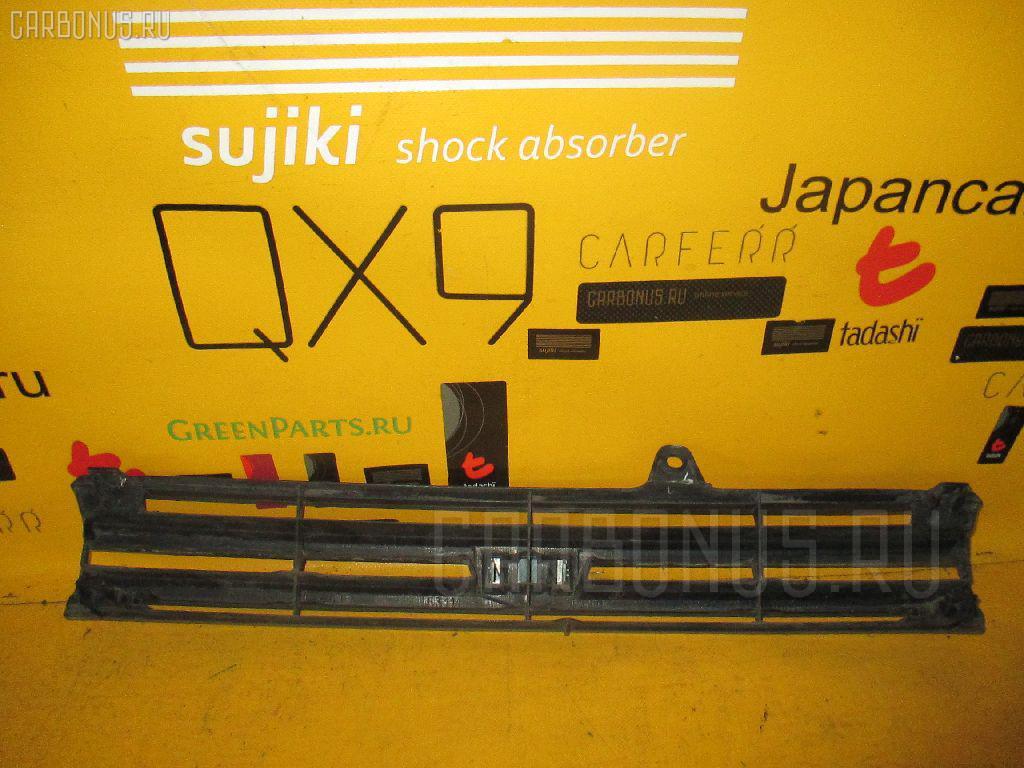 Решетка радиатора TOYOTA COROLLA II EL51. Фото 5