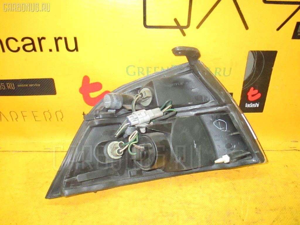 Поворотник к фаре Toyota Granvia KCH16W Фото 1