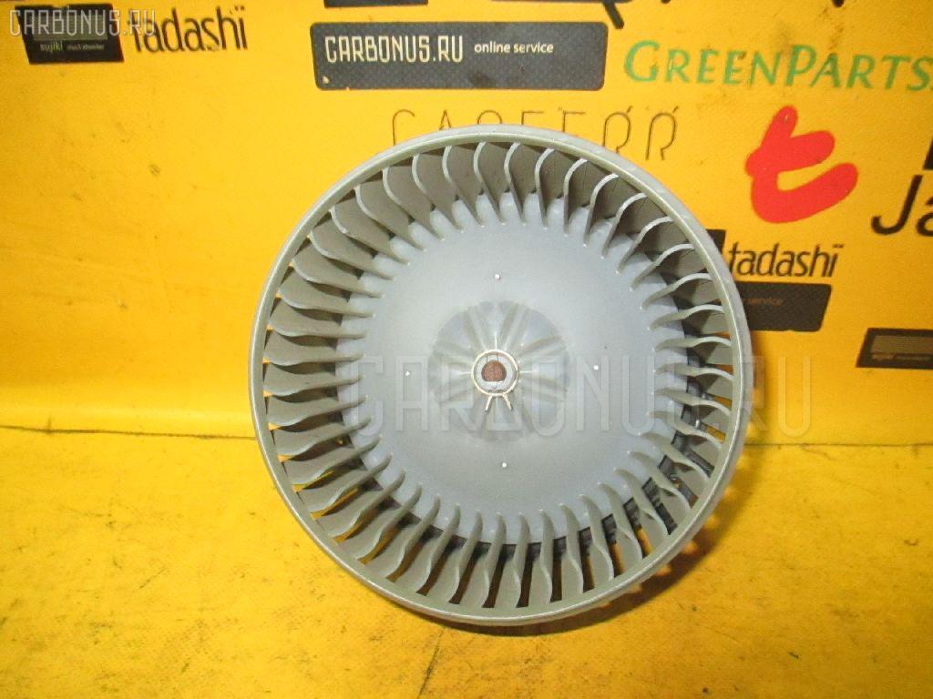 Мотор печки TOYOTA NOAH AZR60G Фото 1