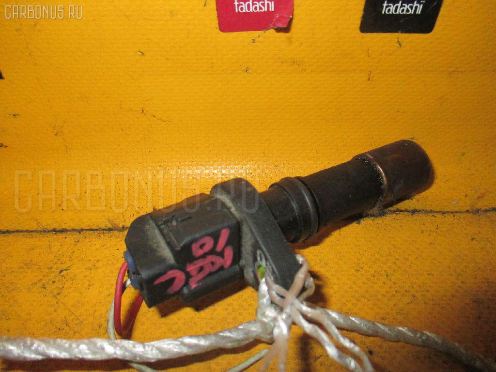 Датчик положения коленвала TOYOTA PASSO KGC10 1KR-FE Фото 1