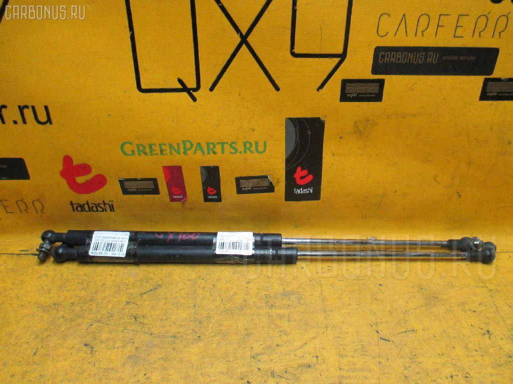 Амортизатор капота TOYOTA GX100. Фото 6