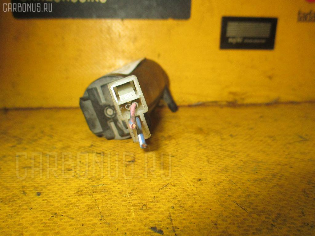 Насос омывателя стекла MAZDA BONGO SS28M Фото 1