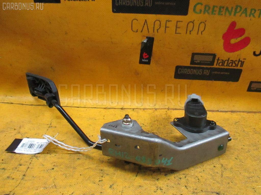 Педаль подачи топлива NISSAN LIBERTY RM12 QR20DE. Фото 6