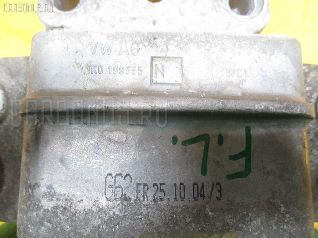 Подушка КПП VOLKSWAGEN GOLF V 1KBLX BLX Фото 2