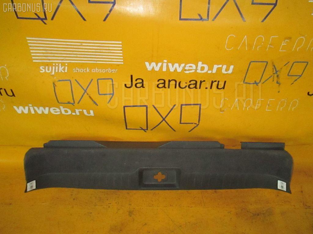 Обшивка багажника NISSAN CEFIRO WAGON WPA32 Фото 1