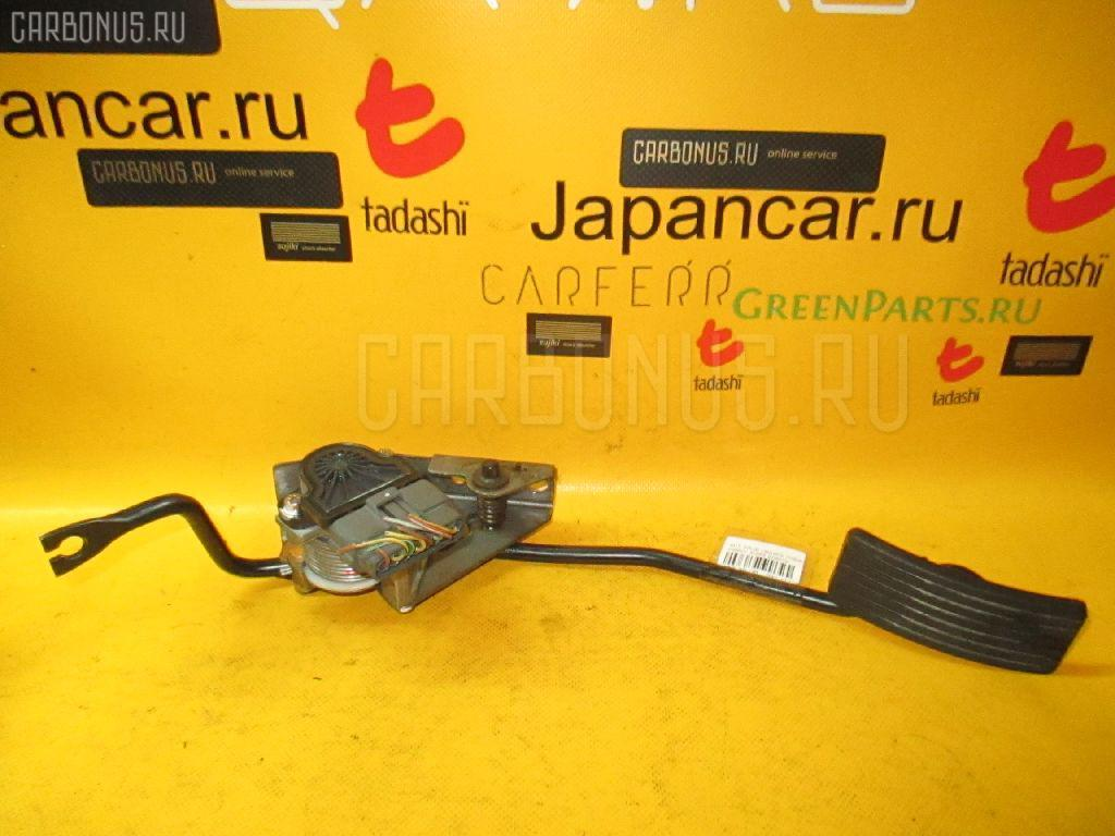 Педаль подачи топлива MITSUBISHI PAJERO IO H66W 4G93. Фото 2