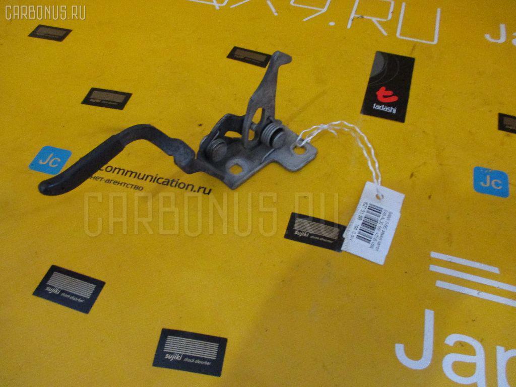 Ручка открывания капота BMW 3-SERIES E46-AL32 Фото 1