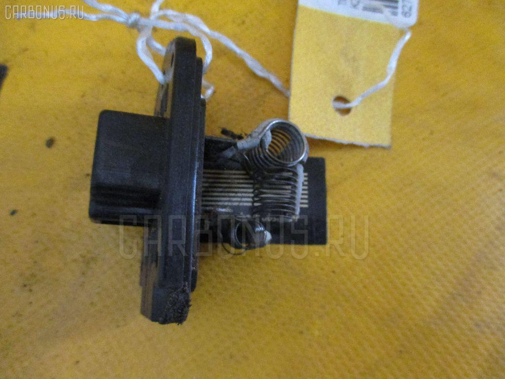 Регулятор скорости мотора отопителя TOYOTA LAND CRUISER PRADO KZJ78G 1KZ-TE Фото 1