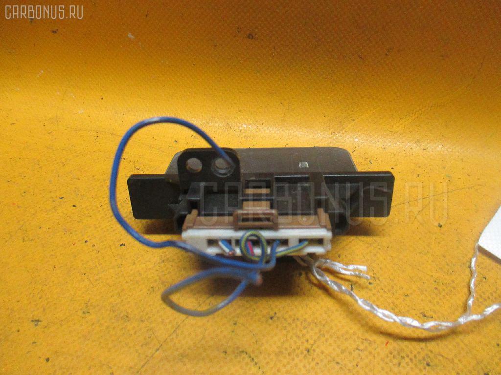 Регулятор скорости мотора отопителя NISSAN WINGROAD WHY10 SR18DE Фото 2