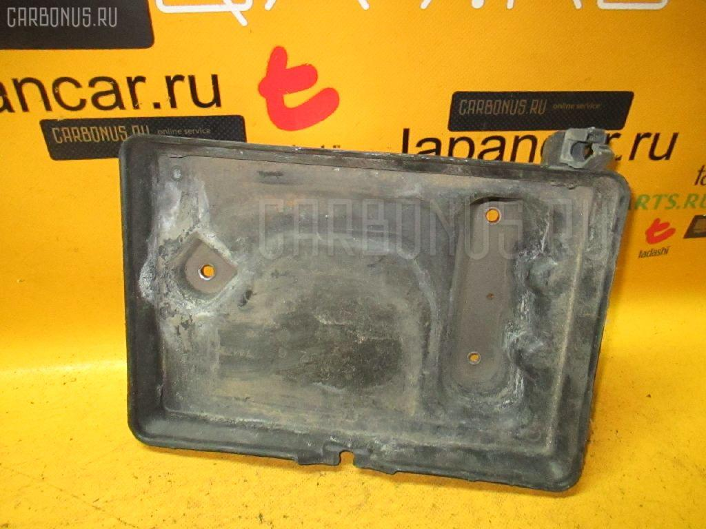 Подставка под аккумулятор TOYOTA CROWN JZS155. Фото 10