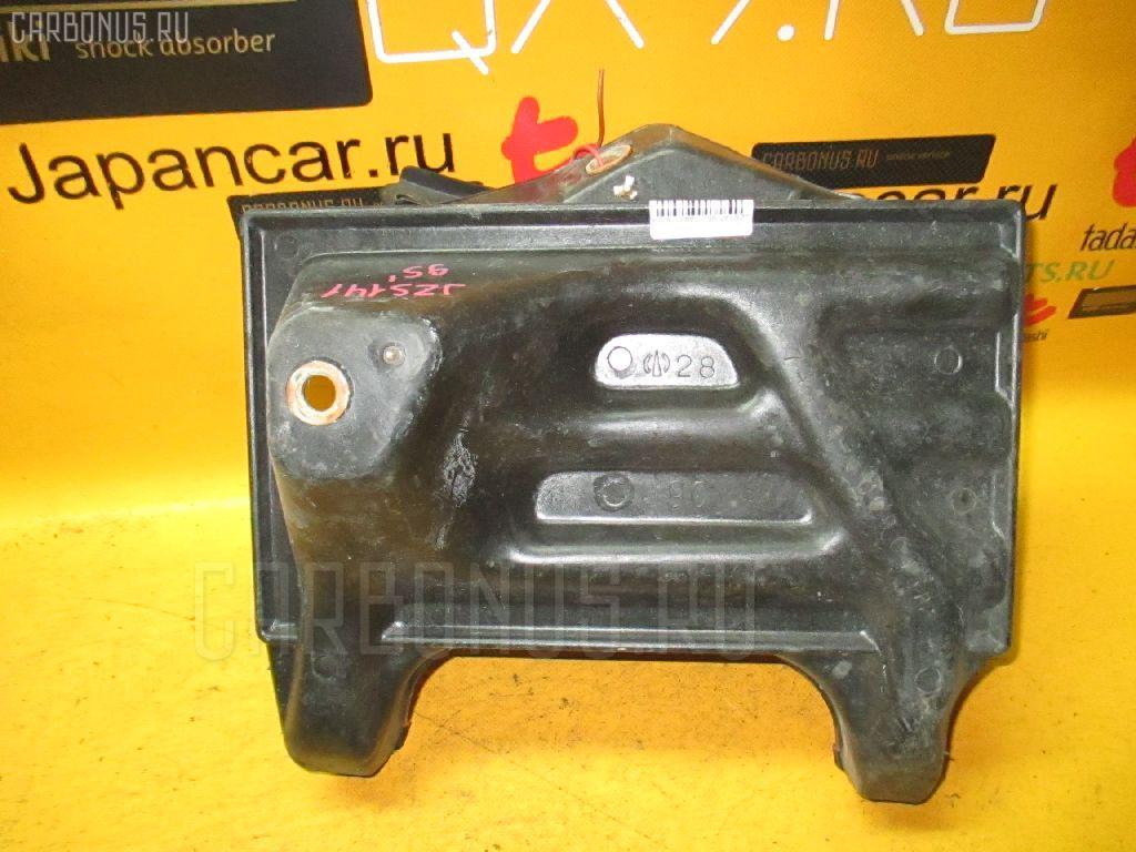 Подставка под аккумулятор TOYOTA CROWN JZS141. Фото 3