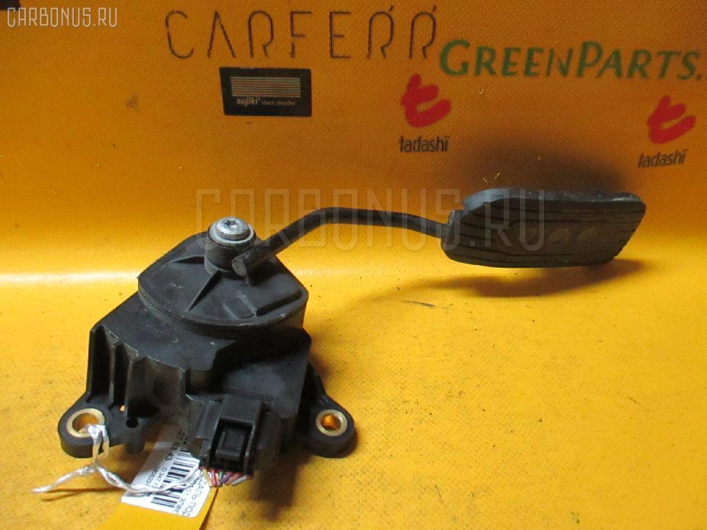Педаль подачи топлива Nissan Cube Z12 HR15DE Фото 1